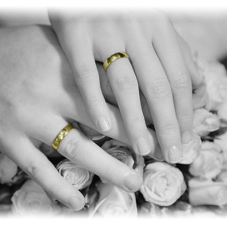 How to Pick Matching Wedding Rings You Both Love Timeless Wedding